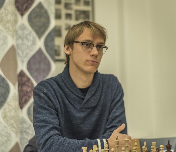 Erik Blomqvist mäter just nu sina krafter med starka stormästare i Ryssland. (Foto av Lars OA Hedlund i ett annat sammanhang.