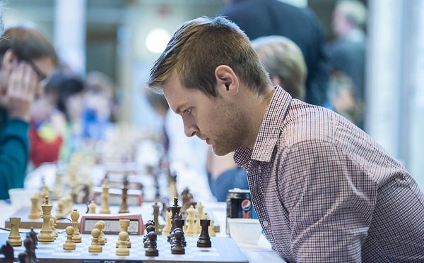 Jonathan Westerberg i djup koncentration. (Foto: Lars OA Hedlund)