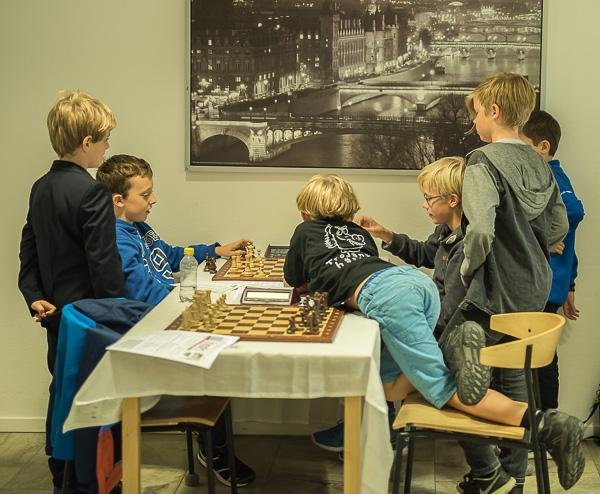 """""""Efteranalyser"""" (Foto: Lars OA Hedlund)"""