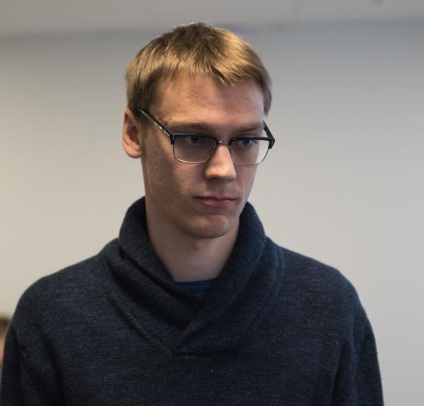 GM Erik Blomqvist spelade lysande schack och vann alla tre partierna. (Lars OA Hedlund)