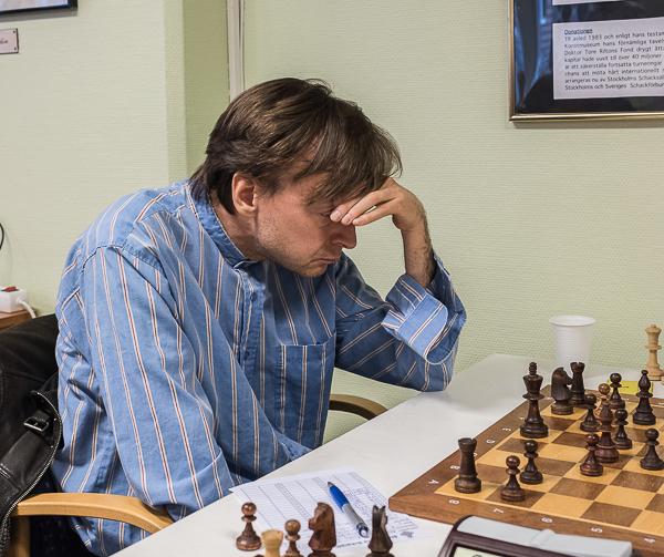 En av världens bästa korrespondensspelare Stefan Winge syns här som närschackspelare för SASS. (Foto: Lars OA Hedlund)