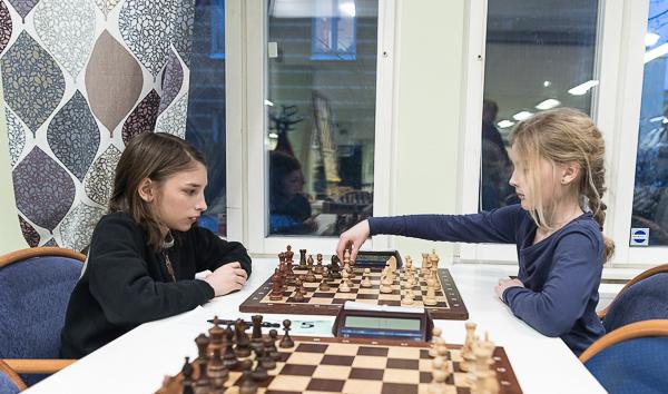 Allan Gaudras mot Teodora Holst (Foto: Lars OA Hedlund)