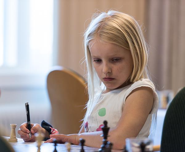 Ella NIlsson, Trojanska Hästen är en av deltagarna i Harplinge Mini Open. (Foto: Lars OA Hedlund)