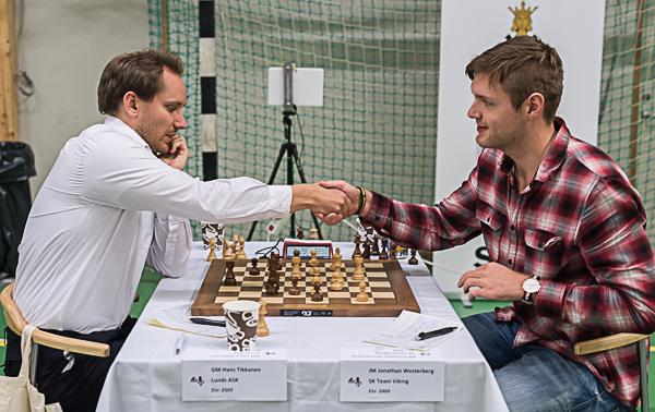 Hans Tikkanen-Jonathan Westerberg slutade remi och Tikkanen kunde bärga sin fjärde SM-titel. De tidigare kom 2011-2013. (Foto: Lars OA Hedlund)