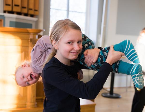 """Syskon"" (Foto: Lars OA Hedlund)"