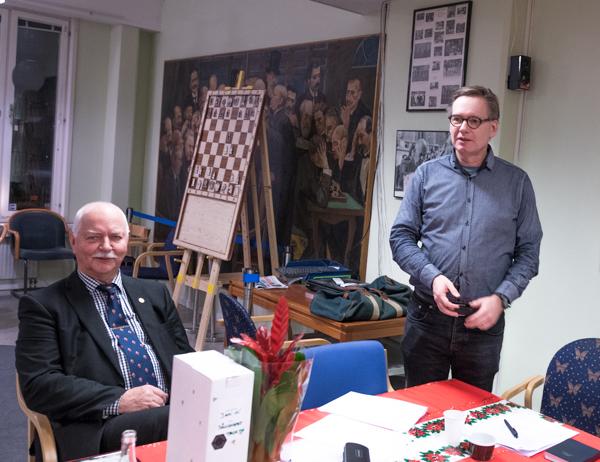 Under höstkongressen 2017 valdes Björn Gambäck till ny ordförande i SSF medan Jan Wikander till vänster i bild avträdde sin ordförandepost. (Foto: Lars OA Hedlund)