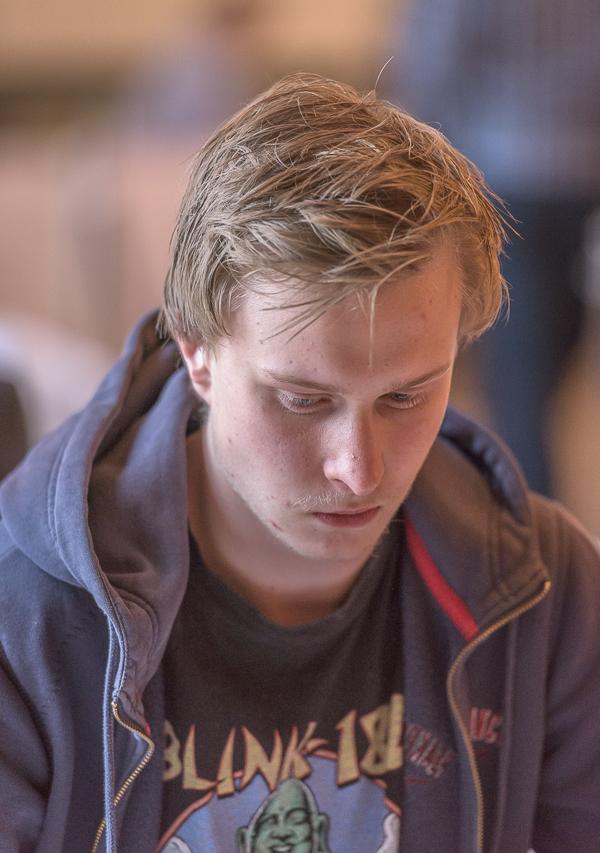 Ett nytt offer för det komplicerade slutspelet som utarbetades av Philidor 1749 blev Tom Rydström som missade remin med en hårsmån. (Foto från en tidigare turnering Lars OA Hedlund)